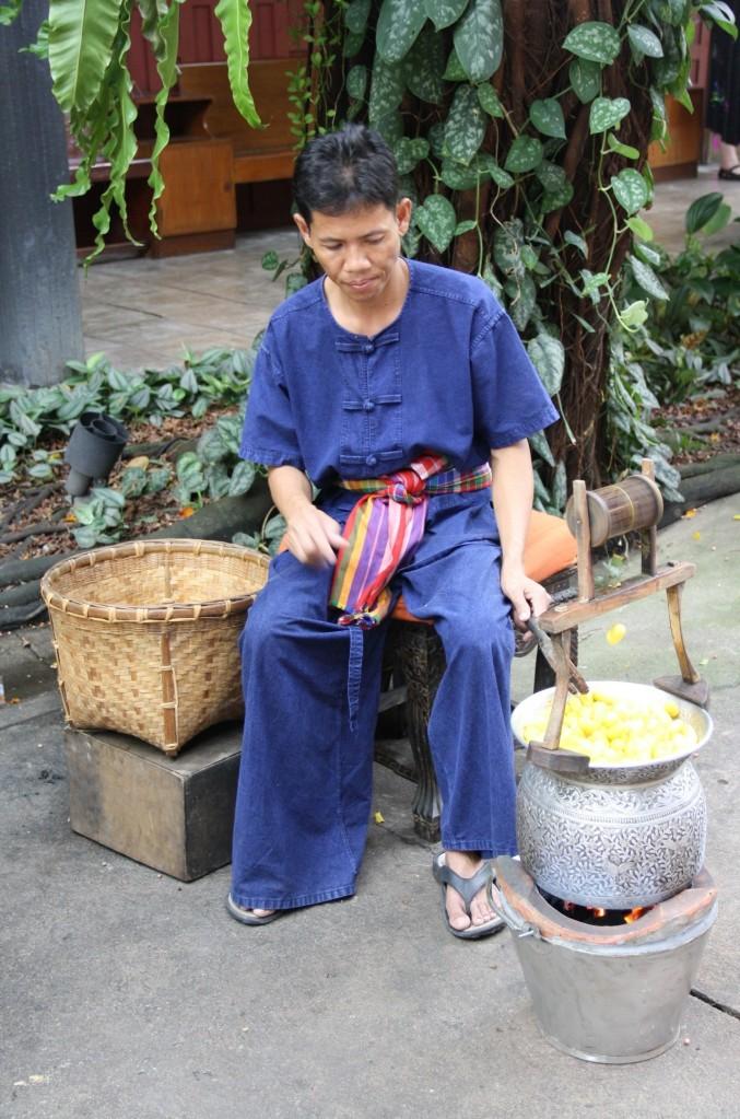 Silk-making! How cool is thaaaat!?!