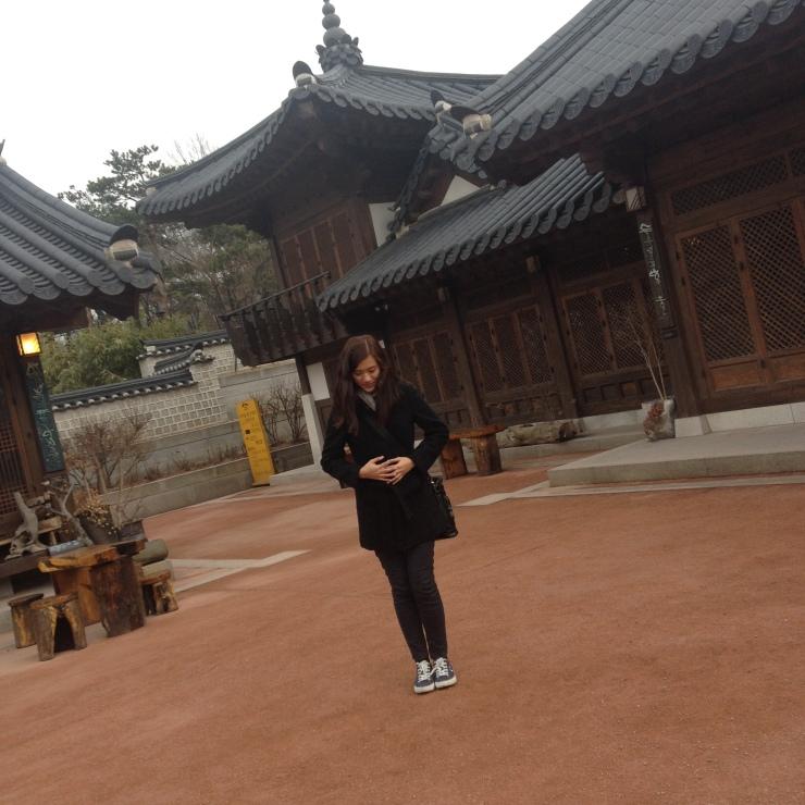 Annyeonghaseyo ^_^
